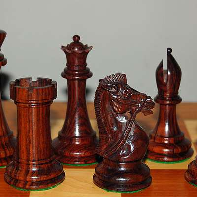 "Polyglot ""Chess pieces"""