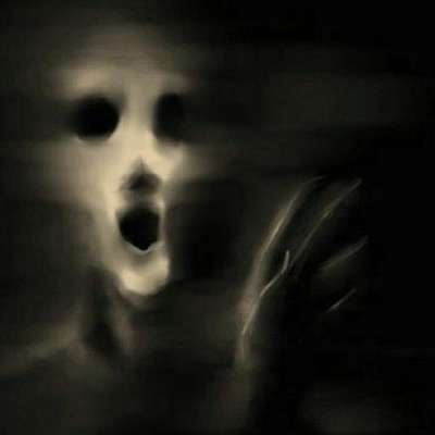 ! Los fantasmas del palacio de Linares