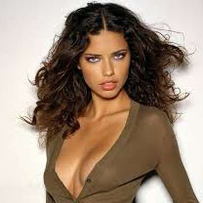 Adriana Lima's library of fun